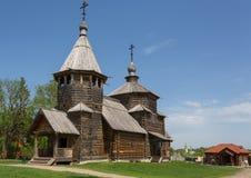 Kerk van de Verrijzenis van het dorp van Potakino in Suzdal stock foto's