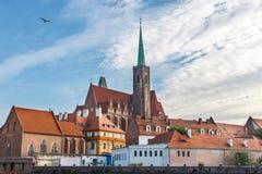 Kerk van het Heilige Kruis en St Bartholomew in Wroclaw, Polen stock foto's