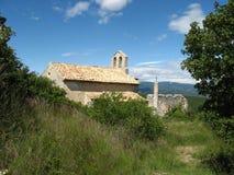 Kerk van Montsalier, de Provence Stock Foto's