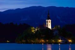 Kerk van 's nachts Afgetapt Stock Fotografie