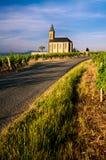 Kerk van Saint Laurent d'Oingt - Beaujolais Stock Foto