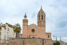 Kerk van Sant Bartomeu & Santa Tecla in Sitges, Spanje Stock Foto