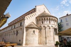 Kerk van St Chrysogonus, een Rooms-katholieke die kerk in Zadar, Kroatië wordt gevestigd, na Heilige Chrysogonus wordt genoemd, h stock fotografie
