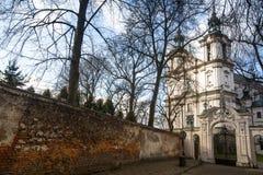 Kerk van StStanislaus-Bischop Gebouwde 1472, in 1733-1751 de kerk ontvingen een barok decor Stock Afbeeldingen