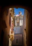 Kerk voorbij de Passage Royalty-vrije Stock Fotografie