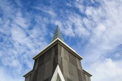 Kerktoren en Hemel Stock Foto's