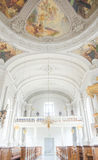 Kerktoren van Onze Verlosser (Deens: Van Vorfrelsers Kirke) de barokke kerk in Kopenhagen, Denemarken, stock afbeelding
