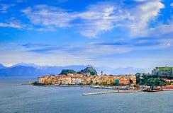 Kerkyra, Corfu, Grecja: Panoramiczny widok klasyczny grek ho Fotografia Stock