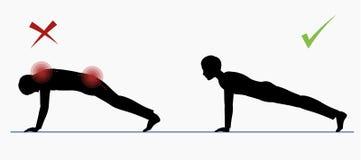 Kerl, der Liegestütz tut Volle Planke des körperlichen Trainings Lizenzfreie Stockbilder