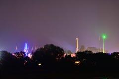 Kermisterrein bij het Festival van het Eiland Wight bij Nacht Stock Foto's