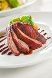 Kernachtige de eendborst van de oven die in saus wordt gemarineerd Royalty-vrije Stock Foto's