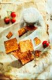 Kernachtige knapperige kaasachtige Italiaanse crackers stock fotografie