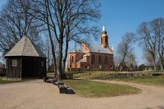 Kernave-Kirche und alte hölzerne Kapelle Lizenzfreie Stockbilder