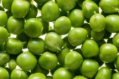 Kerne der grünen Erbsen Lizenzfreies Stockfoto