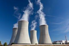 Kernenergieinstallatie Royalty-vrije Stock Afbeeldingen