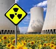 Kernenergieinstallatie Stock Afbeeldingen