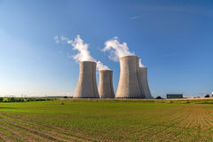 Kernenergieinstallatie Dukovany in Tsjechische Republiek Europa Royalty-vrije Stock Foto's