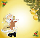 Kerstboom die met een brief voordien wordt verfraaid Stock Afbeeldingen