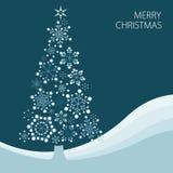 Kerstboom die van eenvoudige sneeuwvlokken wordt gemaakt Stock Foto