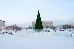 Kerstboom en de Stad van het Permanentijs Stock Foto
