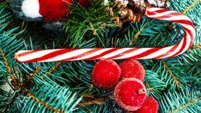 Kerstboom en vakantieornamenten Uitstekende Kerstboom Pi Stock Fotografie