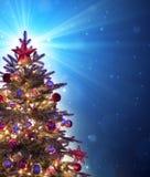 Kerstboom met het glanzen Stock Afbeeldingen