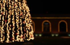 Kerstboom met lichten het gloeien Royalty-vrije Stock Fotografie