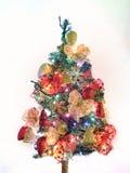 Kerstboom met slingers en lichten  Royalty-vrije Stock Fotografie