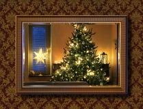 Kerstboom in muurspiegel royalty-vrije stock foto's