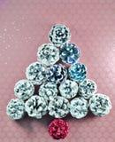 Kerstboom van Geschilderde Pinecones wordt gemaakt die royalty-vrije stock foto's
