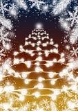 Kerstboomontwerp van gloeilamp met sparbladeren en snowflak Royalty-vrije Stock Afbeeldingen