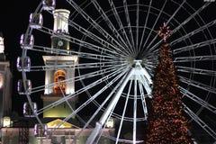 Kerstkaart in de verlichting van de stad van Kiev stock fotografie