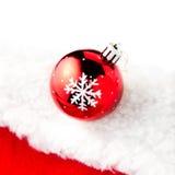 Kerstkaart met exemplaarruimte - Kerstmissnuisterij op wit en r Stock Fotografie