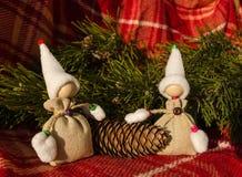 Kerstkaartmalplaatje met met de hand gemaakt speelgoed Royalty-vrije Stock Afbeelding