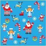 Kerstman en engelen het patroon van het Kerstmisontwerp van pixelkarakters Royalty-vrije Stock Foto