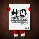 Kerstman Klaus, hemel, vorst, zak De kerstman houdt een affiche met vakantiegroeten vector illustratie