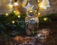 Kerstman Klaus, hemel, vorst, zak Nieuwjaar` s stemming Royalty-vrije Stock Foto