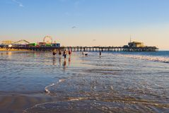 Kerstman Monica Beach Royalty-vrije Stock Afbeeldingen