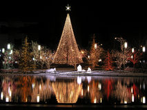 Kerstmis bezinning in de nacht stock fotografie
