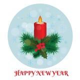 Kerstmis brandende kaars met Kerstboomtakken en mistle Royalty-vrije Stock Afbeeldingen