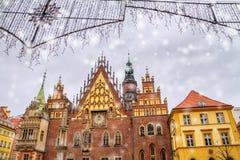 Kerstmis citylandscape - het Oude Stadhuis van Wroclaw royalty-vrije stock foto