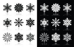 Kerstmis of de wintersneeuwvlokkenpictogrammen Stock Afbeeldingen