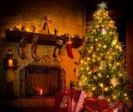 Kerstmis in de Zaal van de Familie Stock Fotografie