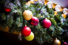 Kerstmis eerlijk centrum van München met Nieuwjaren en herinneringen voor de ingezetenen van de toeristenstad stock foto's