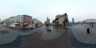 Kerstmis eerlijke markt bij hoofdvierkant in het centrum van de oude stad Stock Foto's