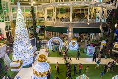 Kerstmis en het gelukkige nieuwe decoratieve licht van de jaarviering Stock Afbeeldingen