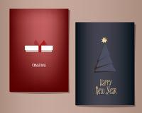 Kerstmis en Nieuwjaar geplaatste groetkaarten, illustratie, witte gift op een rode achtergrond, spar op een donkerblauwe achtergr Royalty-vrije Stock Afbeelding