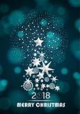 Kerstmis en Nieuwjaar 2018 samenvatting met Kerstboom die van sterren en sneeuwvlokken met vuurwerk wordt gemaakt Stock Afbeeldingen