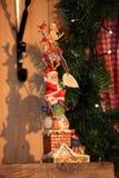 Kerstmis en Nieuwjaardecoratie decoratief stuk speelgoed in retro stijl royalty-vrije stock afbeelding