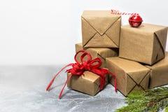 Kerstmis en Nieuwjaarvakantieachtergrond met lege ruimte voor tekst royalty-vrije stock afbeelding